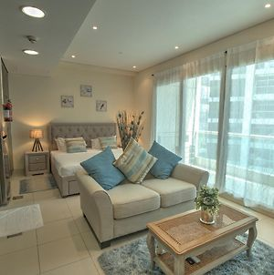 Studio Apartment In Jumeirah Beach Residence By Deluxe Holiday Homes photos Exterior