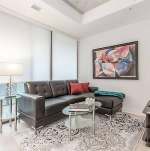 Amazing 1Br In Popular King West photos Exterior