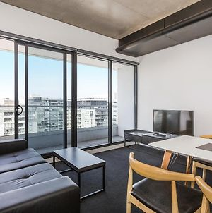 Magnificent Apartment With Spa In Melb photos Exterior