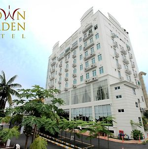 Crown Garden Hotel photos Exterior