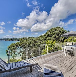 Absolute Beachfront Oneroa Bay photos Exterior
