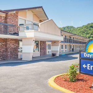 Days Inn By Wyndham Paintsville photos Exterior