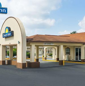 Days Inn By Wyndham Statesville photos Exterior