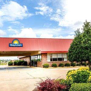 Days Inn By Wyndham Batesville photos Exterior
