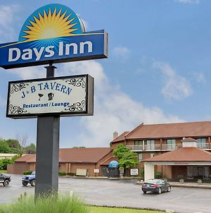 Days Inn By Wyndham Cincinnati East photos Exterior