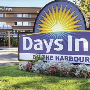 Days Inn By Wyndham Victoria On The Harbour photos Exterior