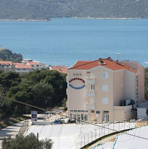 Apartments And Rooms With Parking Space Seget Vranjica, Trogir - 3079 photos Exterior