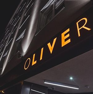 Oliver Apartments | Contactless Check-In photos Exterior