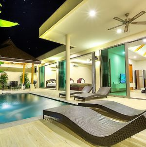 Irina Pool Villa At Rawai photos Exterior