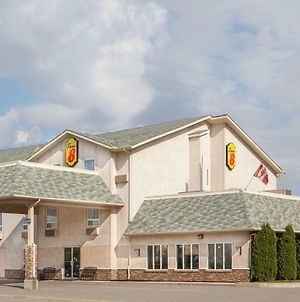 Super 8 By Wyndham Fort Frances photos Exterior