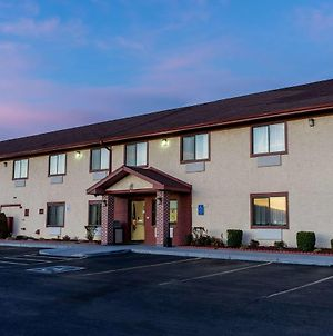 Super 8 By Wyndham Campbellsville Ky photos Exterior