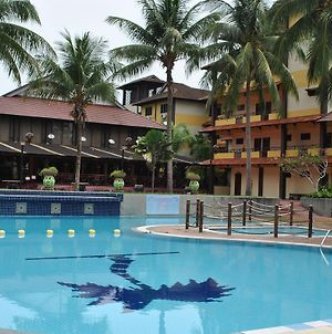 Puteri Bayu Beach Resort photos Exterior