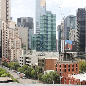 The Bella In Southbank Melbourne 2Bd High Floor-2 photos Exterior