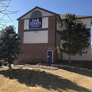 Intown Suites Extended Stay Denver East photos Exterior