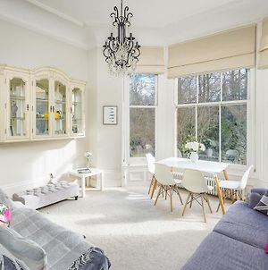 Gorgeous 2Bed 2Bath In West Hampstead 1Min To Tube photos Exterior