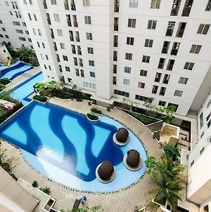 1 Bedroom Bassura City Apartment With Panorama Pool By Travelio photos Exterior