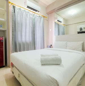 Comfort 2Br With Pool View Green Pramuka City Apartment By Travelio photos Exterior