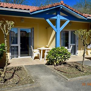 Residence Hoteliere Les Acanthes photos Exterior