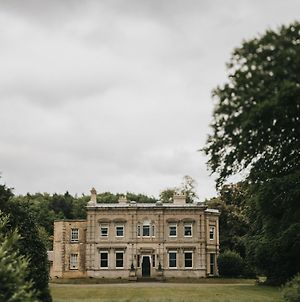 Cleatham Hall photos Exterior