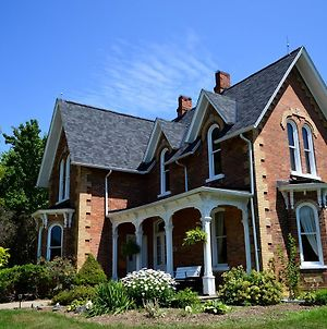 The Iron Kettle Bed And Breakfast photos Exterior