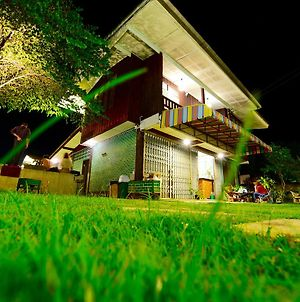 Green Hostel And Skate Park photos Exterior