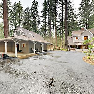 Historic 4Br W 200 River Frontage 4 Bedroom Home photos Exterior