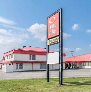 Econo Lodge New Liskeard photos Exterior