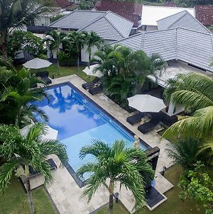 Explore Lombok From Your Villa For 2 photos Exterior