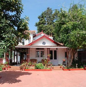 Colonial 4 B/R Home, Great For Families, Coonoor photos Exterior