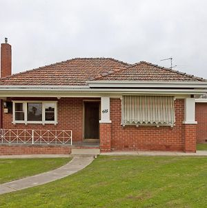 Red Brick Beauty - Central Cottage photos Exterior