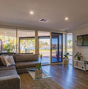 Starboard Views Kalbarri - River Front Apartment photos Exterior