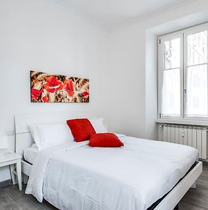 Lovely 2 Beds Flat 10 Minutes From Piazza Venezia photos Exterior