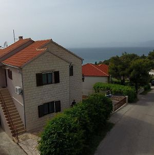 Apartments With A Parking Space Splitska, Brac - 15197 photos Exterior