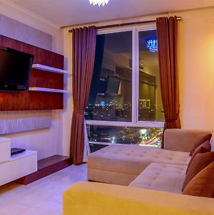 Modern 2 Bedroom Apartment @ Fx Residence With City View By Travelio photos Exterior
