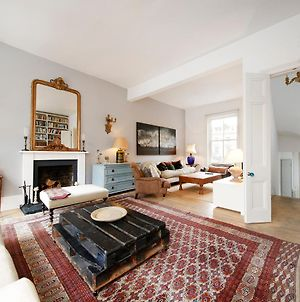 Three Bedroom Notting Hill House With Balcony photos Exterior