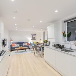 Fabulous Stay In Modern Apartment - West London Luxury photos Exterior