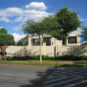 Eaglesnest On 110 3Rd Street (Adults Only) photos Exterior
