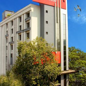 The Royal Orchid Hotel, Chembur photos Exterior