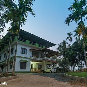 The Greenwoods Homestay - A Wandertrails Stay photos Exterior