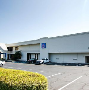 Motel 6 Frederick Fort Detrick photos Exterior