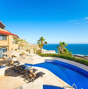 Private Retreat With Large Pool Deck At Villa Isla photos Exterior