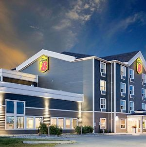 Super 8 By Wyndham Kapuskasing photos Exterior
