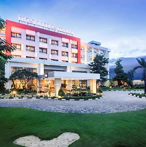 Mercure Palu photos Exterior