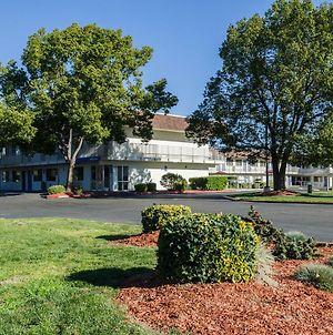 Motel 6 Turlock photos Exterior