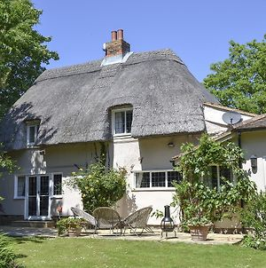 How Wood Cottage photos Exterior