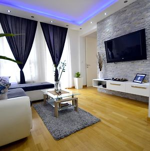 Clean&Cozy Apartments Novi Beograd photos Exterior