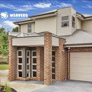 Signature Townhouse In Doncaster photos Exterior