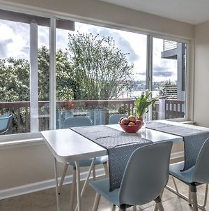 Hosteeva 2Br Lake Union View Apartment 2A Steps To Seattle Host Spots photos Exterior