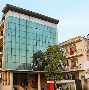 Hotel Azad Square Gurgaon photos Exterior