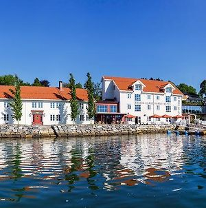 Angvik Gamle Handelssted - By Classic Norway Hotels photos Exterior